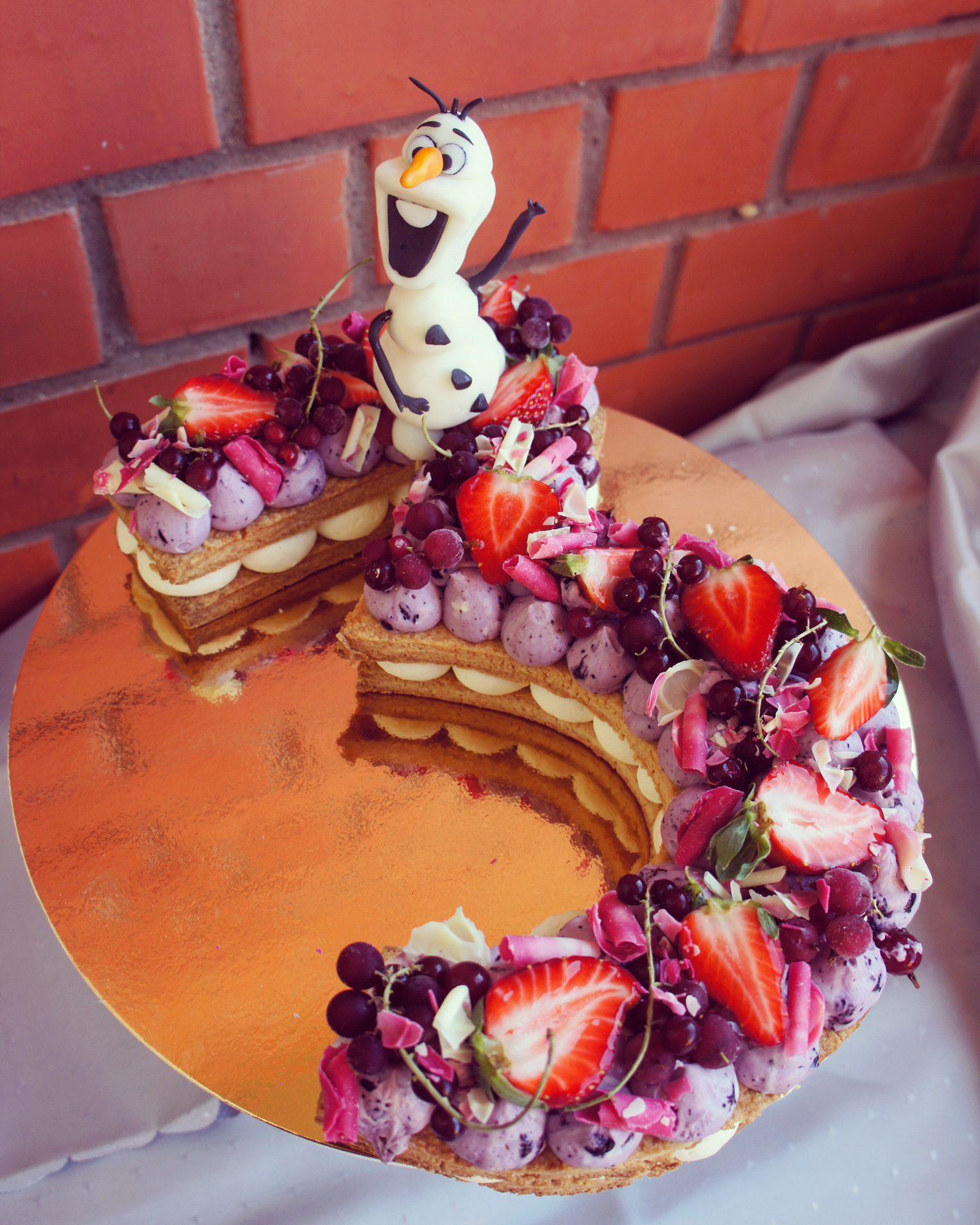 ciparburtu kūka ar Olafu